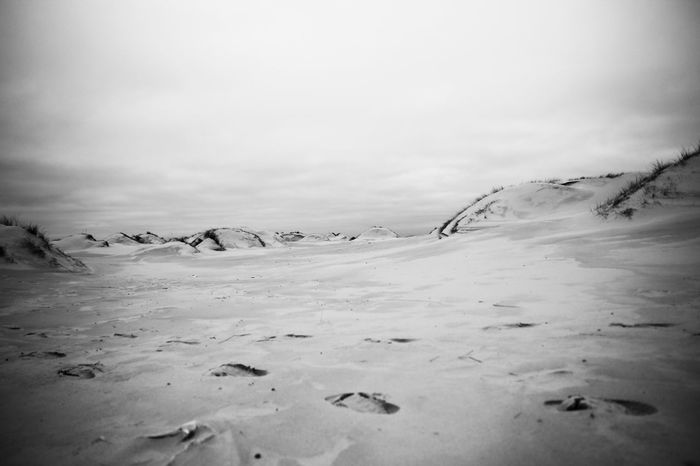 Amrum – February 2015 17-70mm Amrum B/w Beauty In Nature Blackandwhite Canon EOS 600D Cold Temperature F/4.0 Footsteps Fußstapfen Insel Island ISO 100 Landscape Nature Nordsee S/w Tranquil Scene Tranquility Vacations Winter