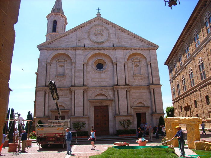 Duomo Facciata Piccolomini Pienza Architecture Belief Building Building Exterior Built Structure Campanile Cantiere Edile City Day Group Of People History Men Nature Outdoors Place Of Worship Real People Religion Sky Spirituality The Past Women