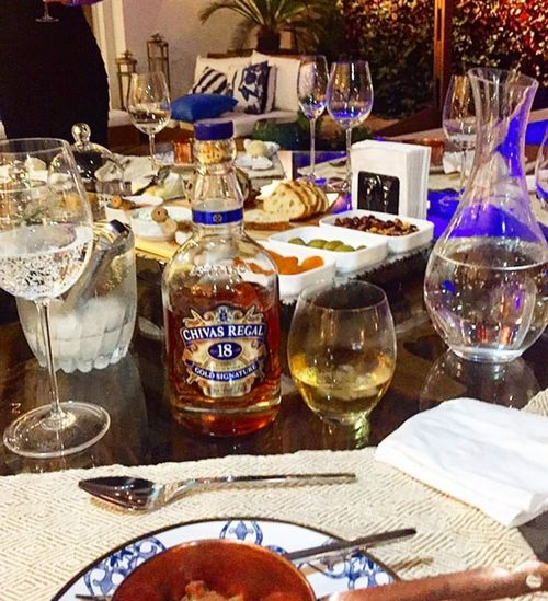 Table Drink Drinking Glass Relaxing Moments Woman Portrait Delicious Myfriends Party Time Relaxing Time Myhome Enjoying Life Alone But Not Lonely Drinks With Friends Drinks Food And Drink Event Myhomesweethome Homebeach Sweet Moments Beach Tradition Bussinesswoman