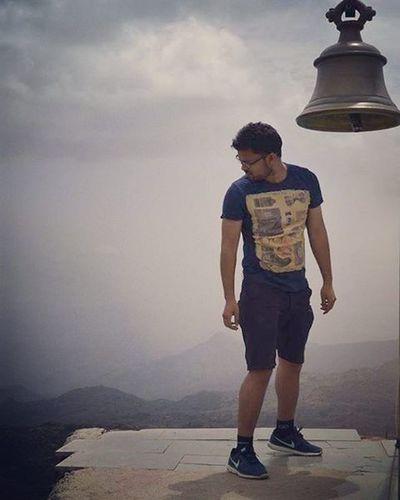 Heaven Throwback Mountabu Gurushikhar
