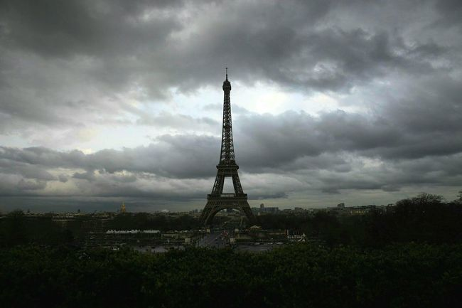 Cloudy Cloudy Sky Cloudy Day EyeEm Best Shots Photography Photo Scenery Shots Cannon Travel Photography Travelphoto Paris Paris, France  Eiffel_tower  Eiffeltower Eiffel Paris ❤ Travel Picture 24-70mm F2.8 Nice View Feeling