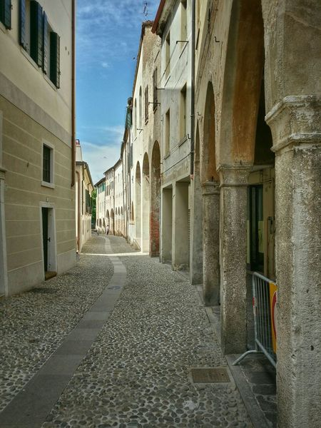 Treviso, Italy Traveling Italy Treviso Photography Art Fineart Urban Architecture Historical Buildings Arcades Shadows