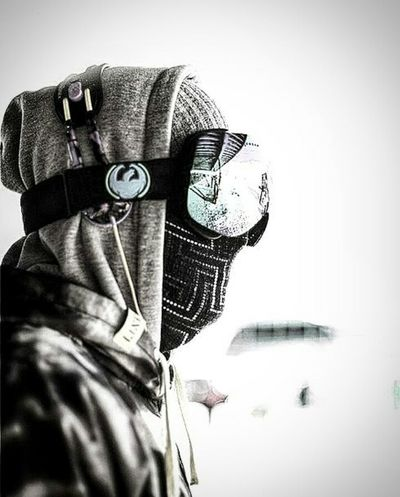 Pyrenees Pirineos Snow Snowspotting Self Portrait Fashion Close-up Camera - Photographic Equipment One Person Modern People Adult One Man Only SLR Camera Sky White Background Day First Eyeem Photo The Week Of Eyeem Winter Sport Cold Temperature Reflection Saturday EyeEm Hello World