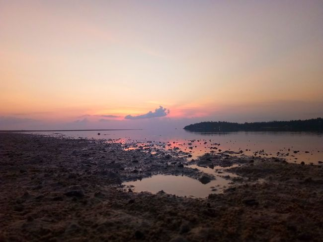 Texture EyeEm Selects Water Sea Sunset Beach Reflection Low Tide Silhouette Sky Horizon Over Water Landscape