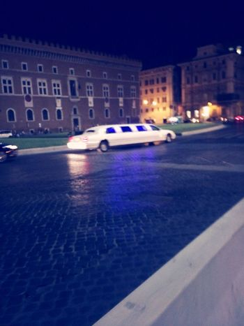 Lemozine! Taking Photos Enjoying Life ??? Piazza Venezia