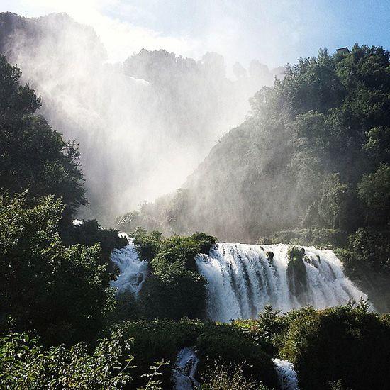 Cascata Delle Marmore Natura Nature Umbria Vacanze Divertimento Spettacolo Abbandonatemiqui Happy Like Likeforlike Follow Followme 💙