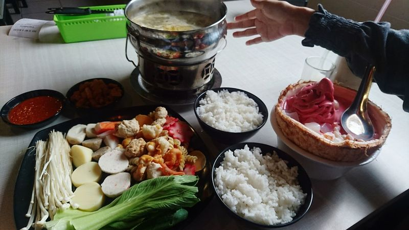 Seblak suki by greenteaholic. Unik. Enak. wajib coba 😂 Kuliner Kulinerbandung Indoors  Freshness Foodphotography