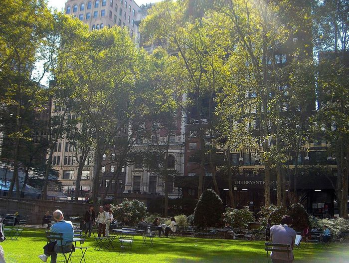 New York City New York Bryant Park NYC Autumn In New York Parks Of New York People Watching People Photography Relaxing Life Goes On Cityscapes Amazing Amazing Place Serenity Calm Everything Awesome Want To Go Back Want To Be There