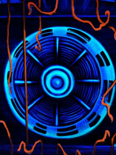 Fluorescent Colors Schwarzlicht  Blue Pattern Full Frame Indoors  No People Close-up Metal Backgrounds Shape Illuminated Geometric Shape Lighting Equipment Art And Craft Glowing Technology Circle