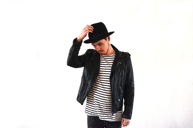 Fashion Street Fashion Hat Marine Model Photography Men Boy Leather Leather Jacket Jacket Tshirt