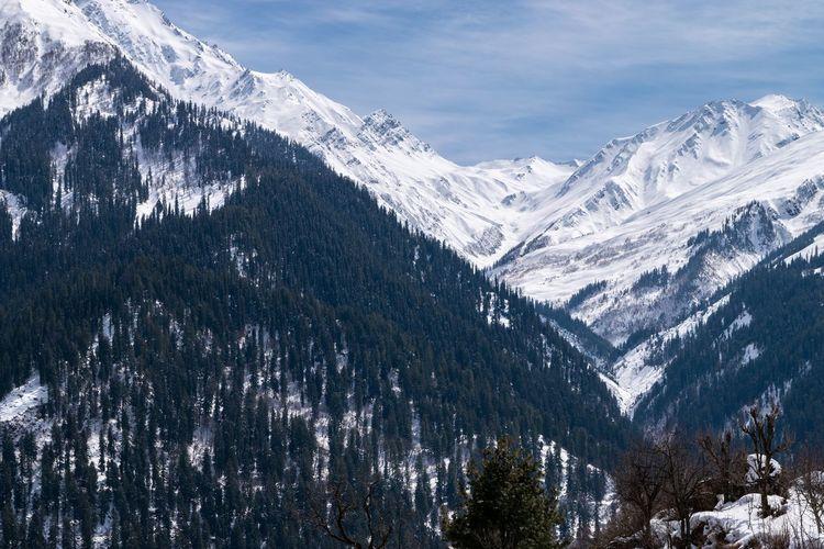 Himalayan mountain range, tosh, himachal pradesh