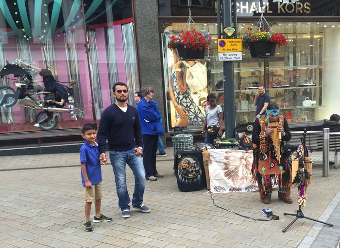 Street Entertainment Leeds