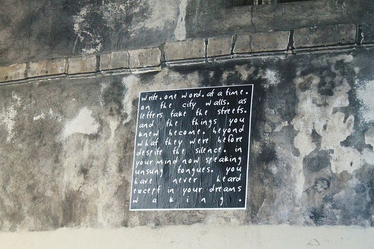 Spotted on a city wall in Paris High Angle View Text Communication Outdoors City Life City Travel Destinations Paris, France  France Paris Urban Photography Crack Cracks Cracks In The Wall Cracked Wall Graffiti Art Inspirational Inspires