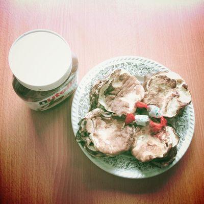 Christmas breakfast. Nutella Kinder Pancakes Instamiam instabouffe