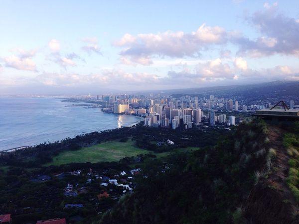 I will stay in the observatory of Diamond Head. Waikiki Beach is looks very beautiful!😍🌴