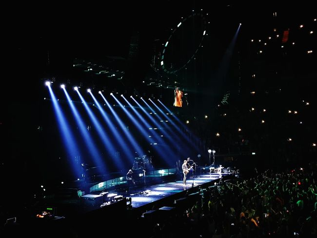 Night Nightlife Arts Culture And Entertainment Popular Music Concert Illuminated Music Performance Music Festival Stage - Performance Space Performing Arts Event Stage Light Outdoors Crowd Concert Hall  Fan - Enthusiast People Sky Light And Shadow Blue Shawn Mendes Concert O2 Arena Contrast Light Colour