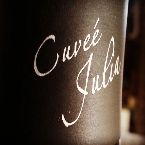Puedo afirmar y Afirmo que CuveeJulia de @AltosdelTerral es uno de los mejores vinos que que probado y dado al probar. Un auténtico Privilégio al que no todos tiene acceso... 3000 botellas del 2009 de las que 12 se descorcharan en el Wineuptour