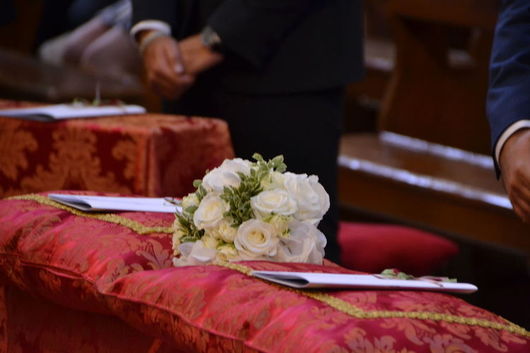 Flower Freshness Bouquet Bunch Of Flowers Selective Focus Flower Arrangement Focus On Foreground Wedding Wedding Photography Wedding Day Wedding Ceremony Into The Church Love Is In The Air