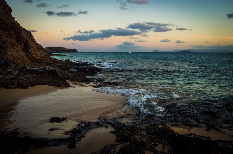 🌊 🌊✨✨ Waves Holiday Lanzarote Tranquility
