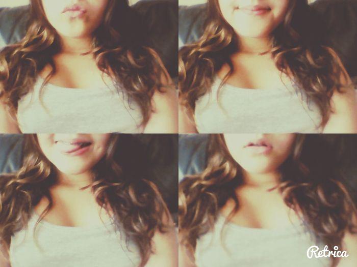 Retrica✌ MyLips Tongue Smile