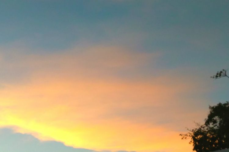 Sunset Sky Cloud Colors Of The Sky Tranquil Scene Beauty In Nature Multi Colored EyeEmNewHere