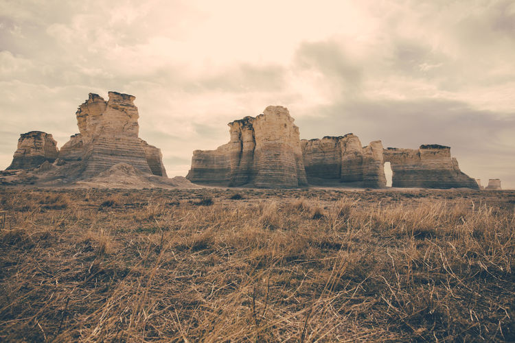Monumet Rocks