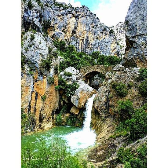El Puente medieval de Boixols, un bello rincón de la provincia de Lleida , un lugar para sentir la Naturaleza y cuando aprieta el calor darse un tranquilo chapuzon Chumbea Paisaje Landscape Nature Naturaleza_catalunya Descubriendoigers Rio Agua Descubreixcatalunya Water Total_Catalunya Total_nature Shotsofspain Total_landscapes Total_water Be_one_natura Beauty Be_one_spain Igerscatalunya Spain_beautiful_landscapes Relax Catalunyaexperience europe trekking senderismo serenity