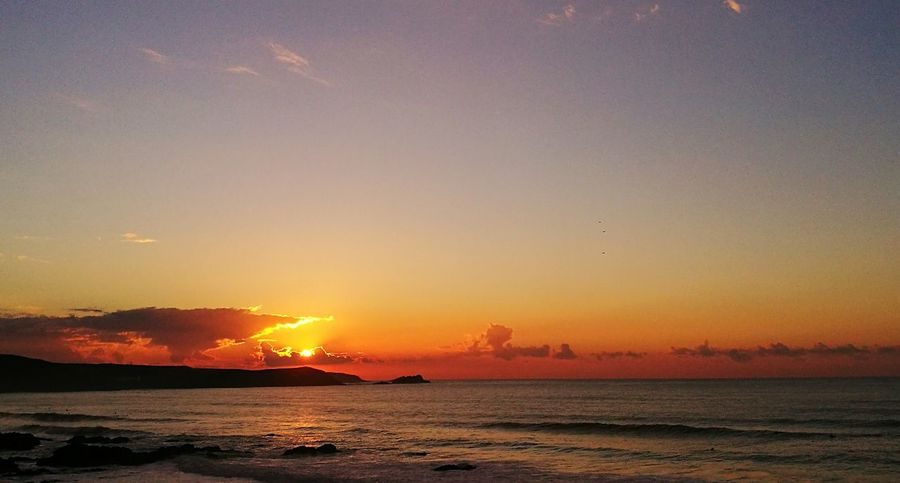 First photo with my new phone the Huawei P9 Sunset Sea Beauty In Nature Outdoors Mother Nature Seascape Cornwall Uk Scenics Beaches Atlantic Ocean Huaweip9photos Huawei P 9 Sunsets Sunsetporn Sunsetlove