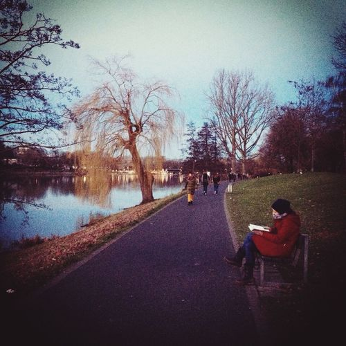 Taking Photos Enjoying Life Relaxing Great Atmosphere Lake Münster Germany Book Woman Trees