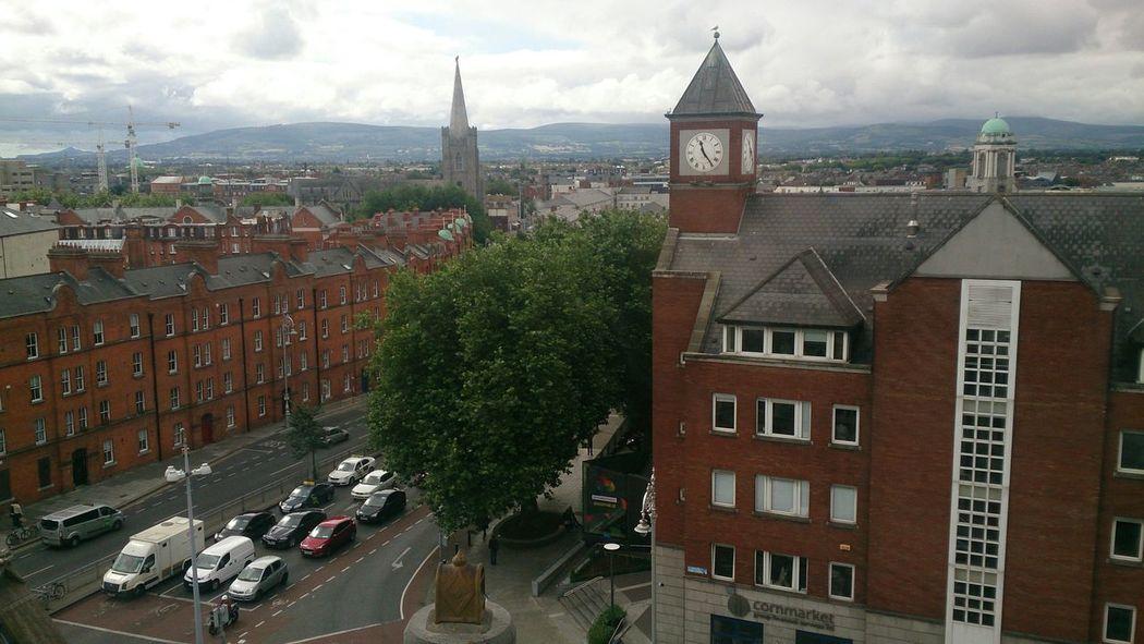 Una Vista muy bonita de Dublin desde la planta más alta de la Fábrica De La Cerveza Guiness
