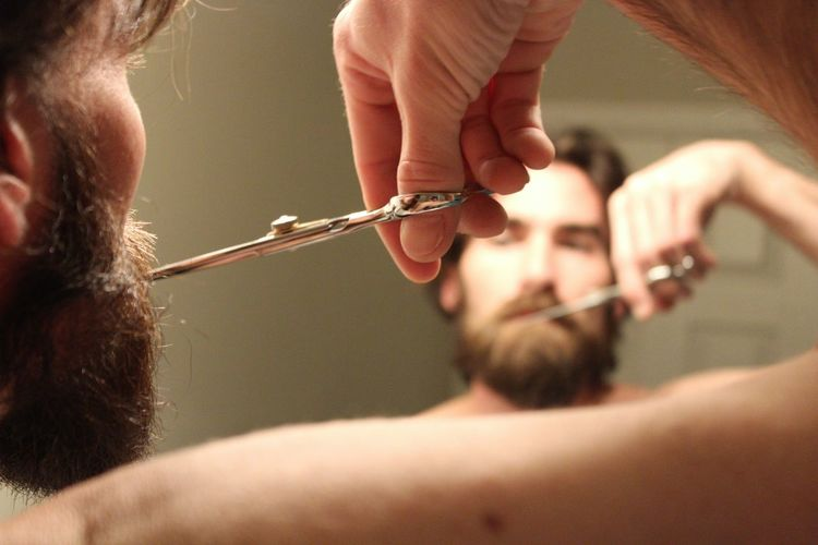 Adult Beard Beard Grooming Bearded Beardlife Beards Beardstyle Close-up Day Facial Hair Groom Grooming Hair Long Beard People Man Close Up Beard Beardedguy Beardedlifestyle Close Up Of Man Close Up Male Trimming Beard Trimming Facial Hair Shaving Tools