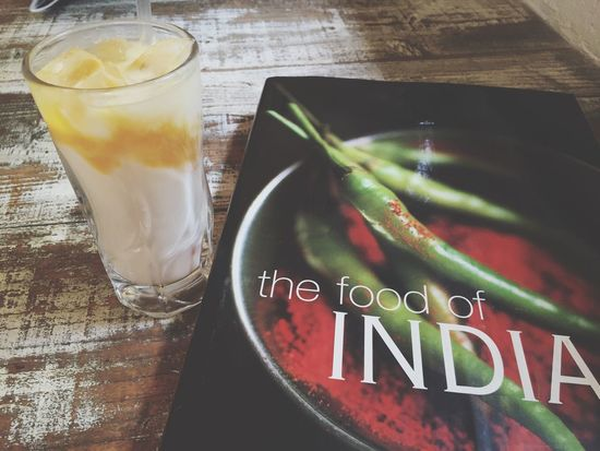 久々のナンディカレー♬食後のマンゴーラッシー☆namaste 広島 Carry India インドカレー カレー