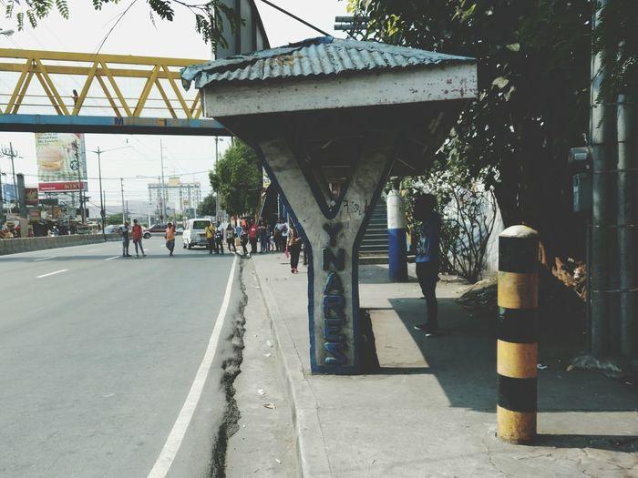 Cainta Rizal Philippines Waiting Shade Roadscenes