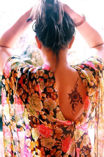 Henna Girl Hello World Tattoo Henna Henna Tattoo