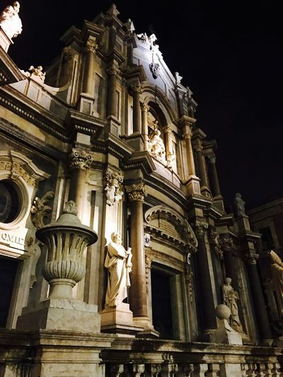 Chiesa di Sant'agata, duomo di catania Architecture Building Exterior Sculpture Low Angle View Statue Human Representation Built Structure Religion Travel Destinations Façade Tourism Place Of Worship History Spirituality No People Outdoors Day Sky Library