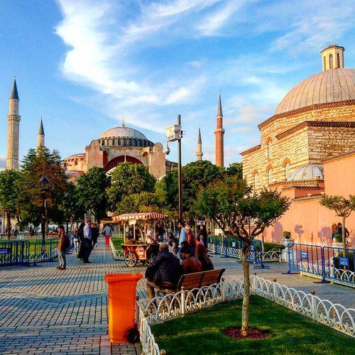 Ayasofya (Hagia Sophia) SultanAhmetBlueMosque Everyday Istanbul City Perfect Day