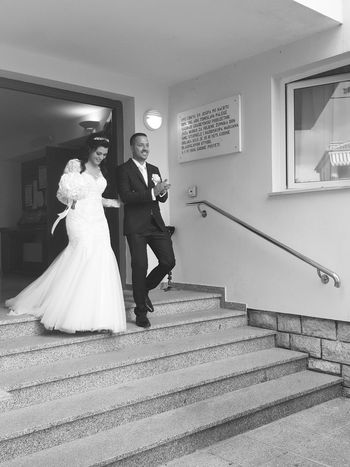 Best Friends Wedding Black And White Wedding White Dress Wedding Happy People Wedding Day Love Just Married