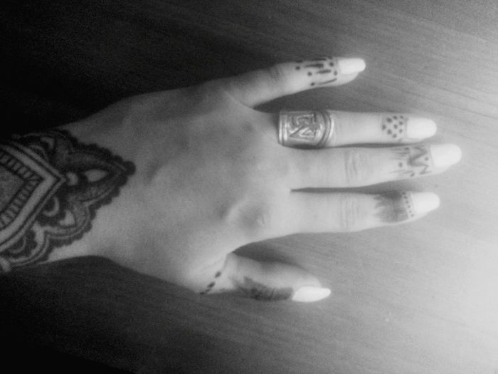 Indie Henna Traditional Creativetime