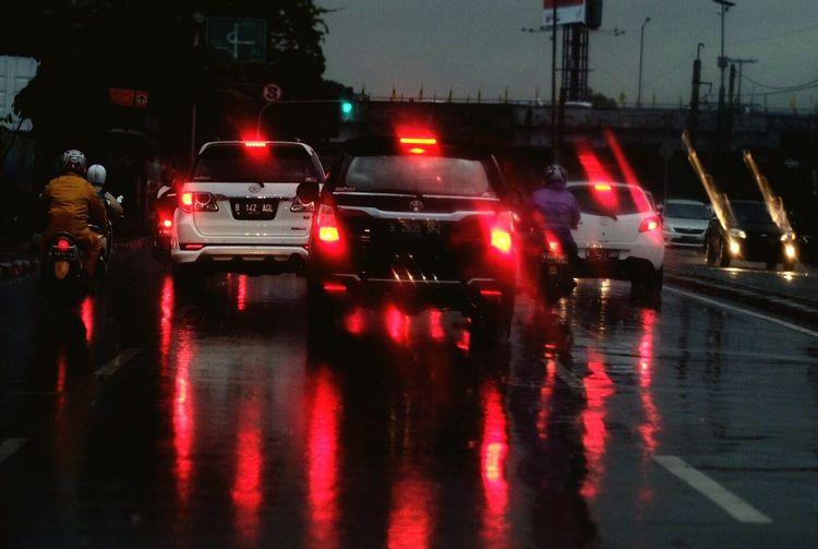 The Color Of Technology Brake Cars Brake Lights Rainy Days Slippery Reflection Fuji Street