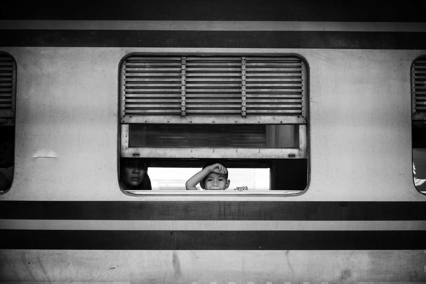 Goodbye. Streetfotoq Taking Photos Streetphotography Street Photography Blackandwhite Blackandwhite Photography Black And White Black And White Photography Monochrome Traveller Showcase July