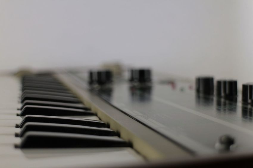 Synthesizer Musical Instrument Selective Focus Music Indoors  Piano No People Piano Key Audio Electronics Audioengineering Musical Equipment Audiorecording Audio Studio Musical Instruments Synth Synthesizer Audio Desktop Wallpaper Desktop Background Sound Music Arts Culture And Entertainment