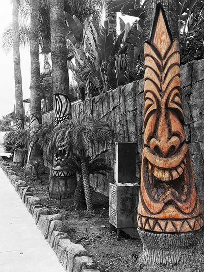 carving of tiki