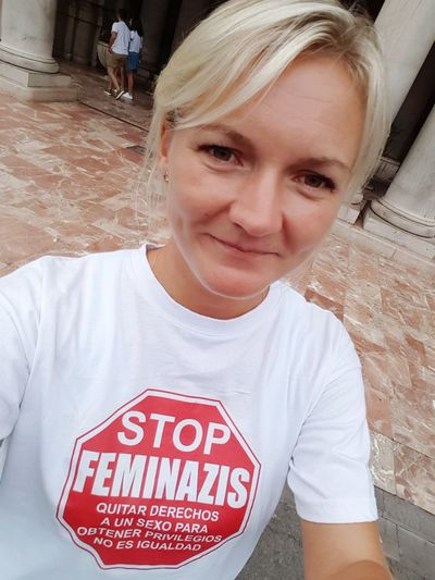 Text Blond Hair Casual Clothing Red One Woman Only One Person Portrait Adult One Young Woman Only Young Adult Day Smiling Outdoors Photography Colorful Good Time Blonde Girl Blonde Hair Blonde Feminazi Feminazism València Spain ✈️🇪🇸 Done That. Be. Ready.