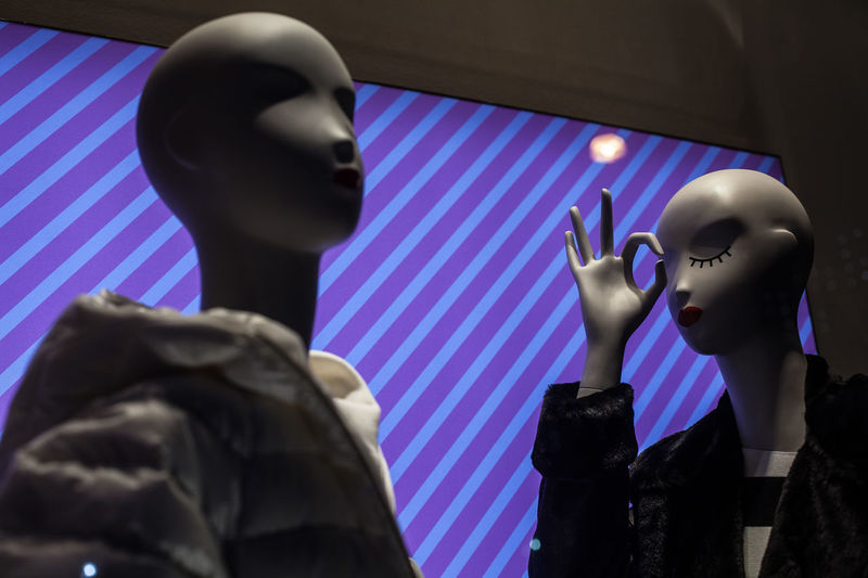 Mannequins on the stripes Expression Face Fashion Gesture Mannequin Mannequin Attack! Mannequins Ok Plastic Plastic People Purple Striking Fashion Stripes Pattern Violet