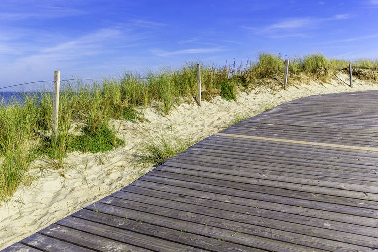Path on a dune