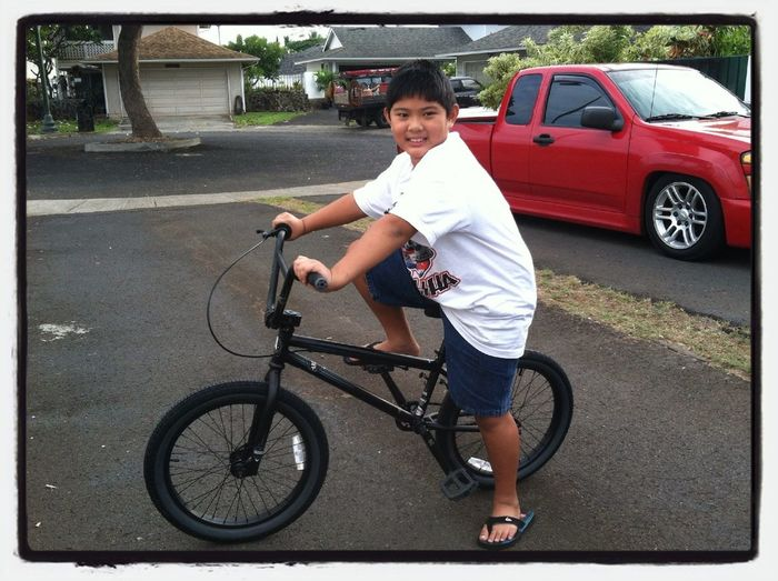 JONAH BOY'S NEW BIKE
