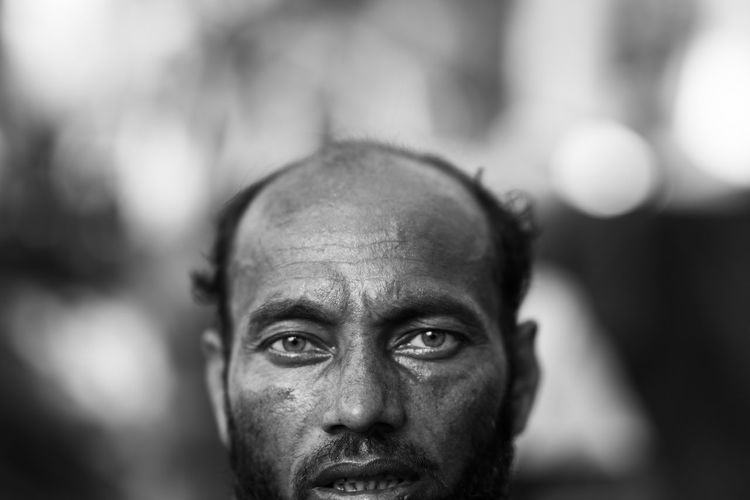 Portrait of a rohingya refugee. Approximately 7,00,000 rohingya refugees crossed to Bangladesh from Myanmar after facing ethnic cleansing in the hands of the nation's army. These refugees walked for days and crossed the Naf river on boat to take shelter in Bangladesh. Bangladesh Refugee Rohingya Rohingya Refugees B&w Documentary Migration Monochrome Myanmar Portrait Refugees The Photojournalist - 2018 EyeEm Awards The Portraitist - 2018 EyeEm Awards