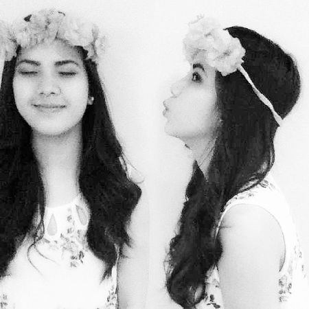 Muah Muah Tsup TsupInstadaily Splitpic  Clone Live laugh love floralcrown flowers asian twins