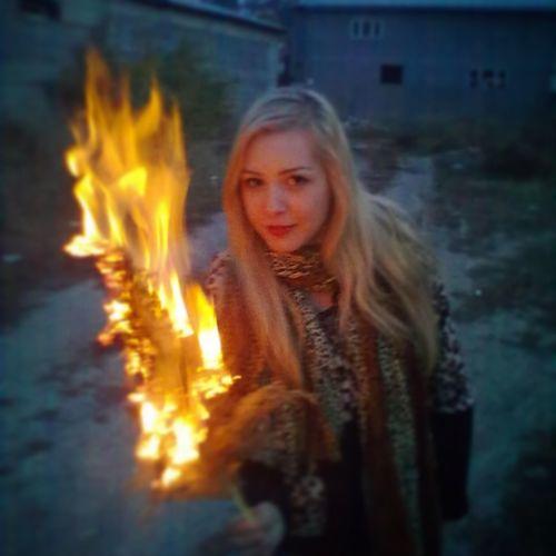 С огоньком