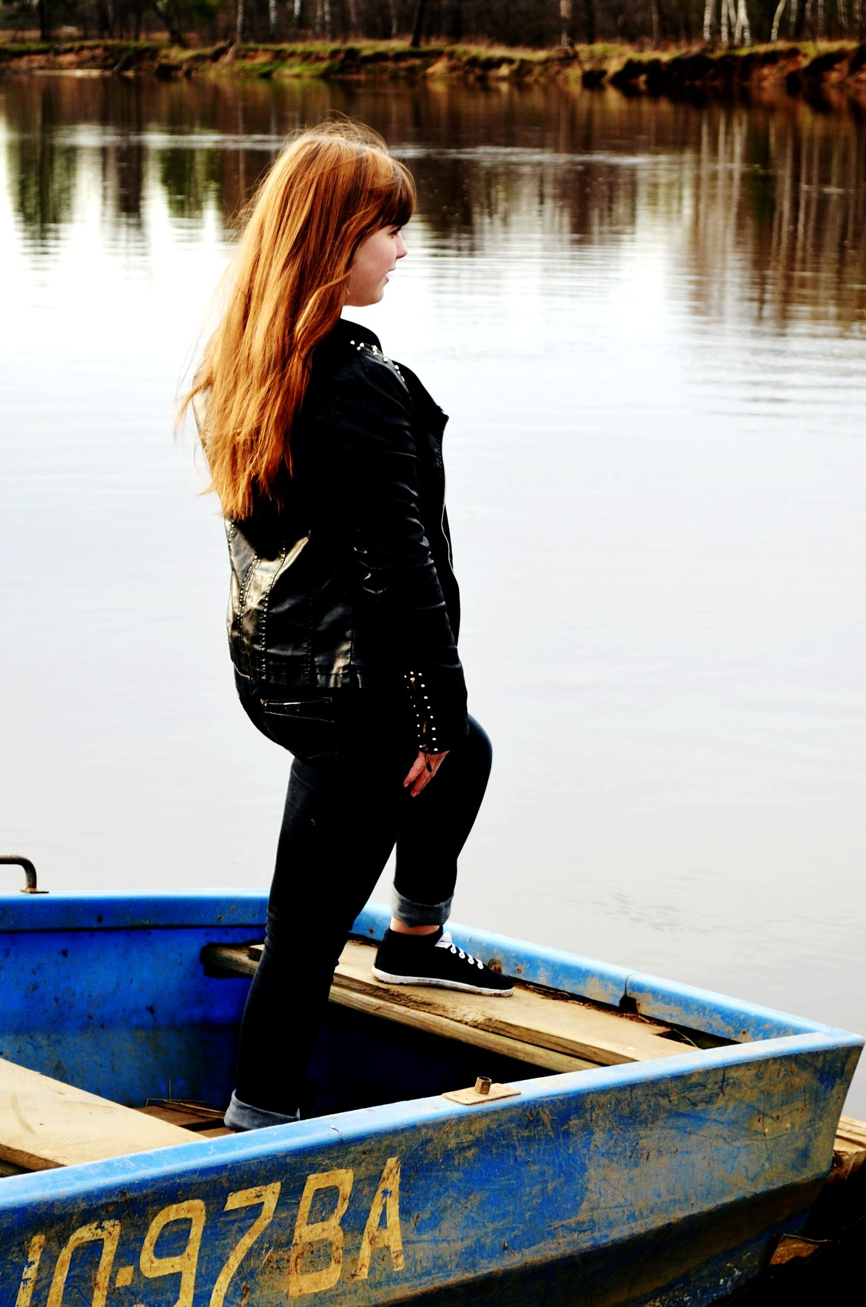water, lifestyles, leisure activity, casual clothing, standing, full length, rear view, young adult, lake, long hair, three quarter length, young women, side view, river, person, sitting, relaxation